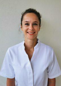 Laure SAUTIER est ostéopathe D.0. exclusif diplômée de l'Ecole Supérieure d'Ostéopathie de Paris, Elle exerce depuis 7 ans dans son propre cabinet au Pré Saint Gervais. Elle s'est spécialisée en maternité